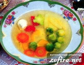 Суп с кальмарами, рисом и брюссельской капустой – кулинарный рецепт