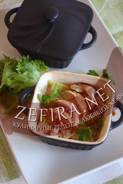 Картошка с грибами в горшочке - рецепт и фото