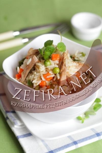 Рис с индейкой и сушеной вишней – кулинарный рецепт