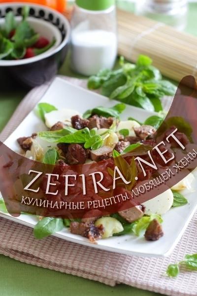 Салат из куриной печени с грибами и картошкой — pic 1