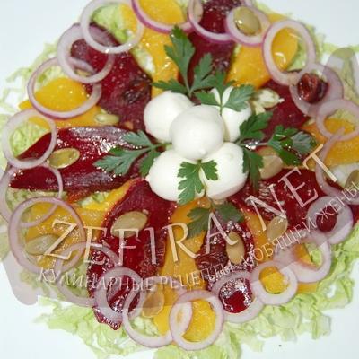 Рецепт очень вкусного и полезного салата из запеченной тыквы и свеклы