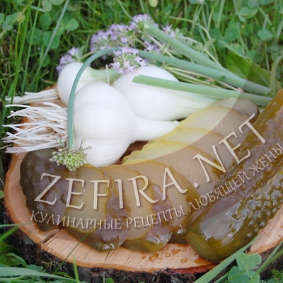 Огурцы маринованные – классический рецепт со стерилизацией