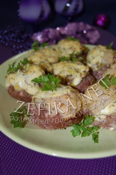 Котлеты с грибами и сыром - рецепт и фото