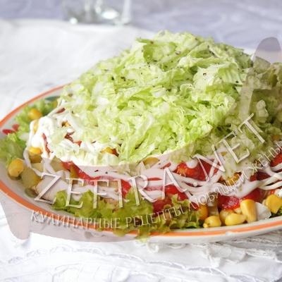 Салат из курицы «Гирос»