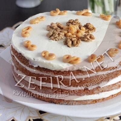 Торт с медовыми коржами и сметанным кремом