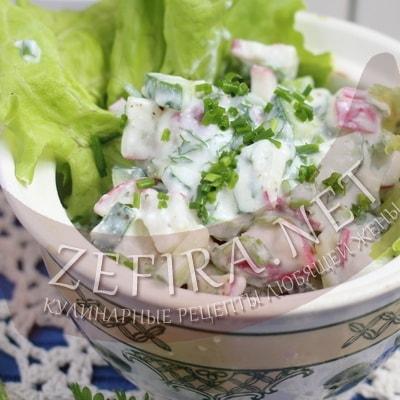Салат из редиски и огурцов «Необычный»
