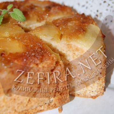 Перевернутый пирог с яблоками и карамелью
