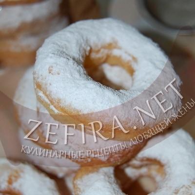 Пышные пончики на сметане