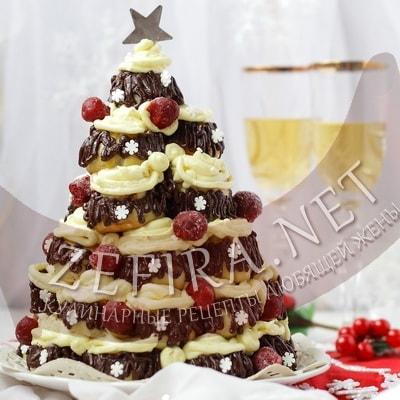 Заварной новогодний торт в виде елочки