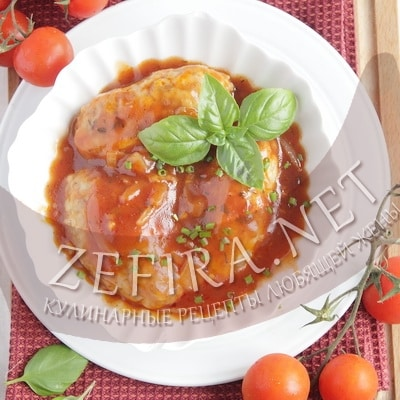 Гречаники с фаршем, запеченные в томатном соусе