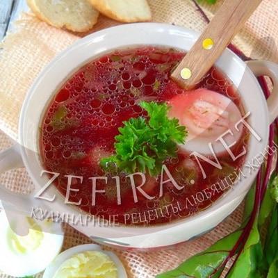 Дачный суп с крапивой, щавелем и свекольной ботвой