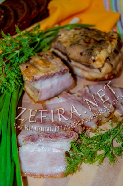 Свиная грудинка, запеченная в духовке в рукаве - рецепт и фото