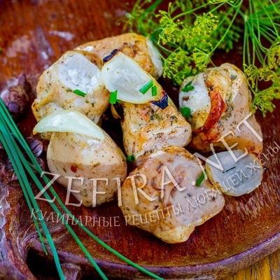 Сочные шашлыки из куриной грудки в кефире