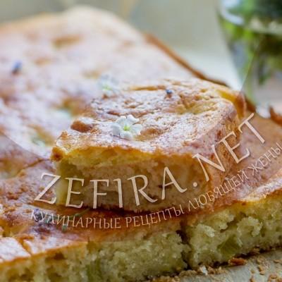 Заливной сметанный пирог с ревенем