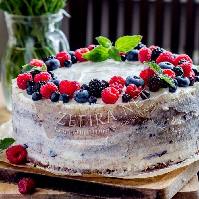Вкусный торт с черникой и сметанным кремом