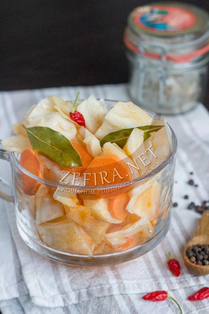 Маринованная капуста быстрого приготовления - рецепт с фото