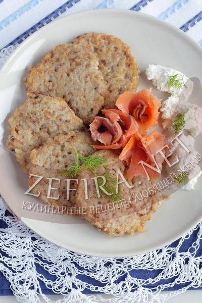 Оладьи из гречневой каши - рецепт с фото