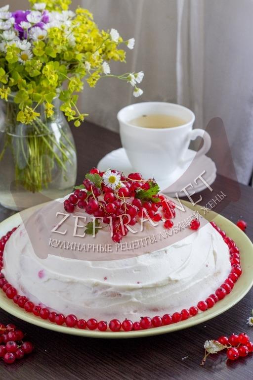 Бисквитный торт со смородиной - рецепт и пошаговые фото