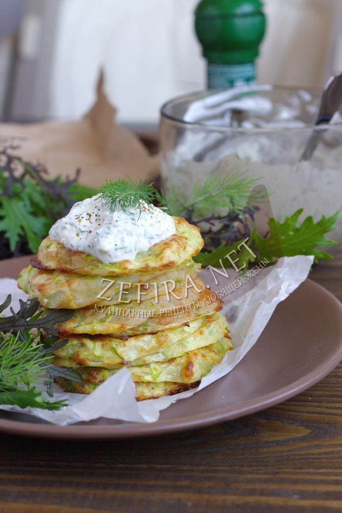 Вкусные оладьи из кабачков с сыром в духовке
