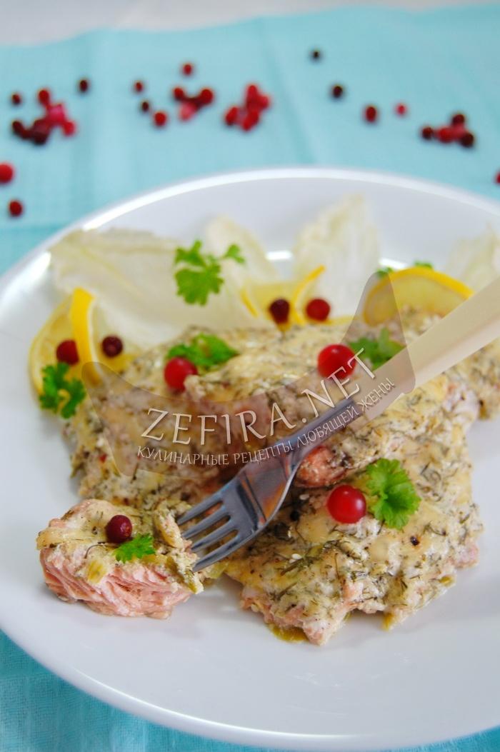 Рецепт вкусной горбуши, запеченной под сметано-сырной шубой - рецепт и фото