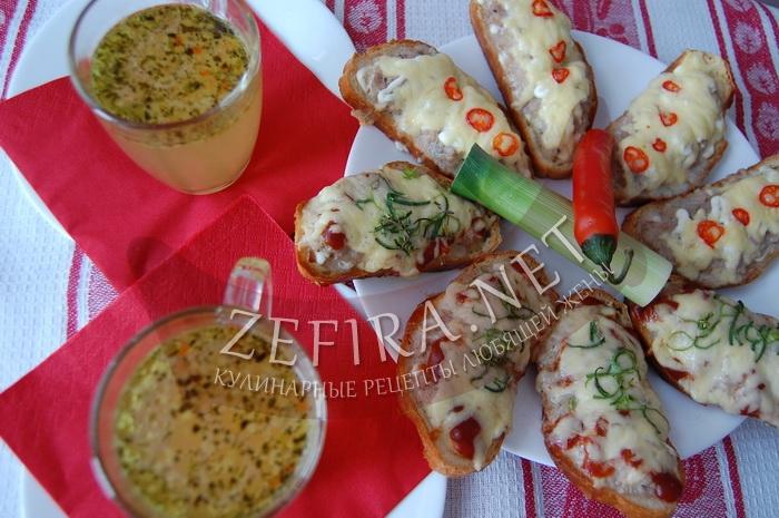 Рецепт вкусных горячих бутербродов с фаршем в духовке - рецепт и фото