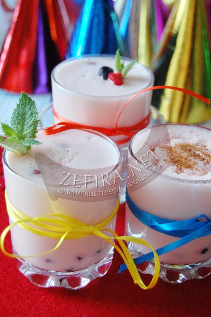 Простой рецепт вкусного десерта из сметаны - рецепт и фото
