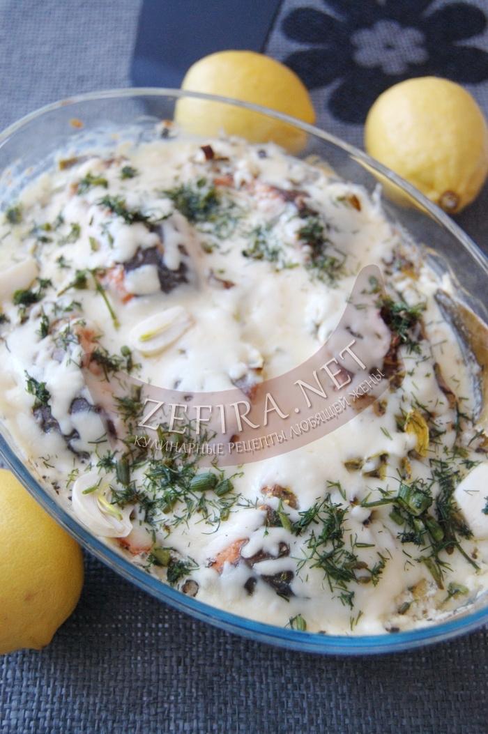 Сочная горбуша в соусе запеченная в духовке - рецепт и фото