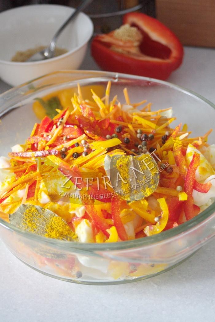 Хрустящая маринованная капуста с уксусом - рецепт и фото