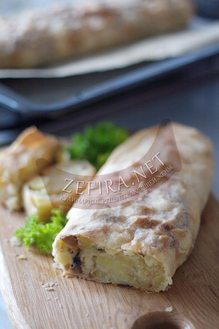 Простой пирог с картошкой и курицей - рецепт и фото