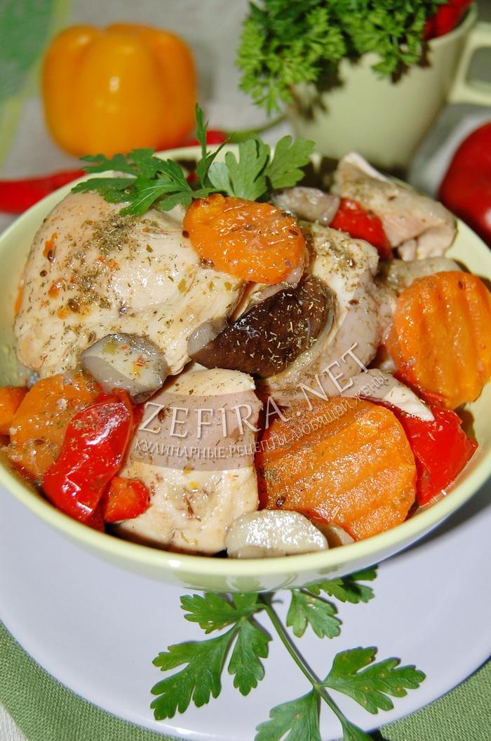Вкусная тушеная курица с овощами - рецепт и фото