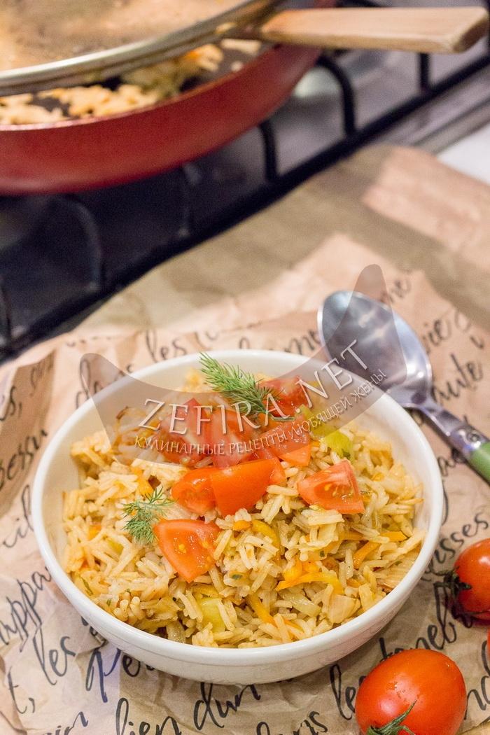 Вкусный рис с капустой на сковороде - рецепт и пошаговые фото