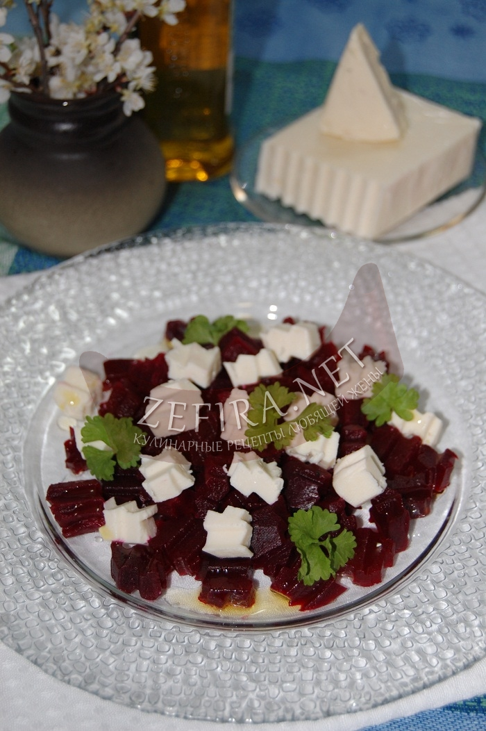 Салат из свеклы с брынзой - рецепт и фото