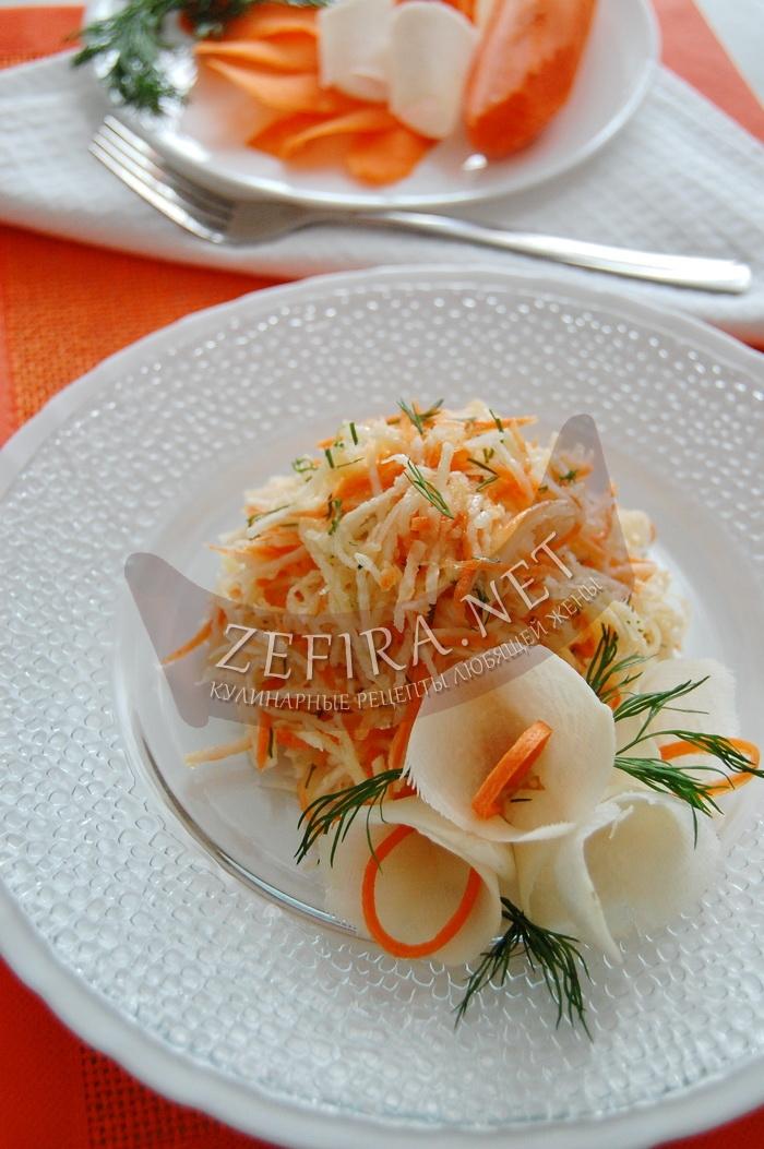 Полезный салат из черной редьки с морковью - рецепт и фото