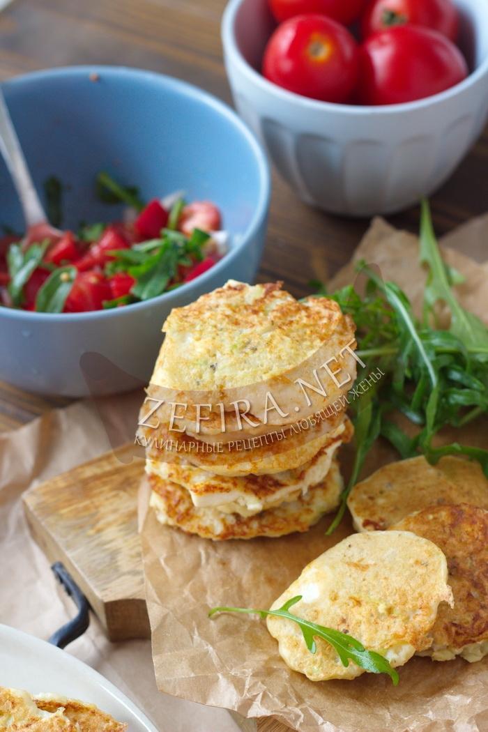 Оладьи из кабачков с брынзой на сковородке - рецепт пошаговый с фото
