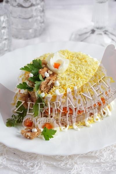 Салат из курицы с орехами королевский - рецепт и фото