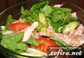 Салат «Ранний» из овощей и ветчины
