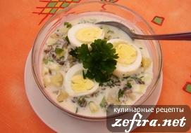 Холодный зеленые щи с яйцом