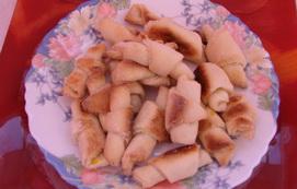 Маленькие печеньки-рогалики