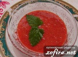 Клубничный суп – простой и быстрый в приготовлении десерт
