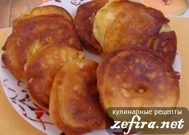 Рецепт вкусных пышных оладий на кефире с яблоками