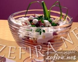 """Рецепт салата со свежей капустой и копченой колбасой """"Лакомка"""""""