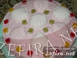 Торт «Розовая мечта» с творожным кремом и белковой глазурью