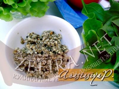 salat-so-shpinatom-i-mindalnoj-zapravkoj2.jpg