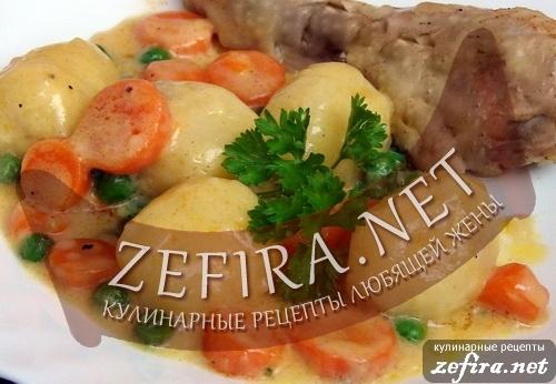 Рецепт вкусного летнего гарнира из молодой картошки с зеленым горошком