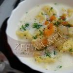 Новый рецепт сырного супа с клецками из кабачка