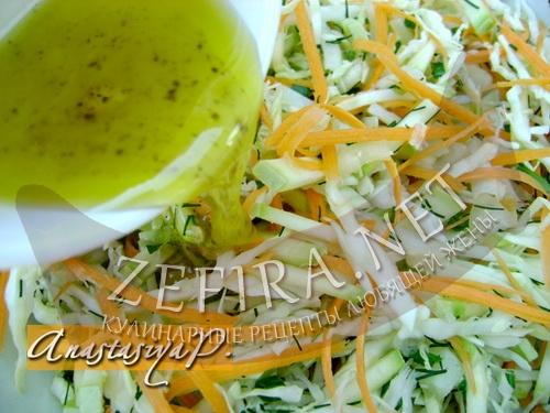 ovoshnoj-salat-so-svezhim-kabachkom3.jpg