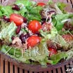 Простой рецепт салата с тунцом, помидорами и фасолью