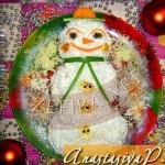 Рецепт новогоднего салата с семгой «Снеговичок»