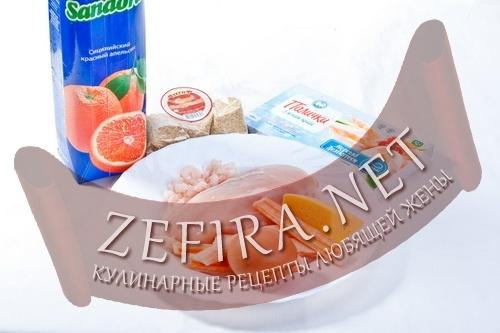 rulet-iz-kurinoj-grudki-s-palochkami-s-miasom-kraba-ingredienty.jpg