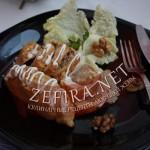 Куриные рулетики с начинкой из грибов и орехов